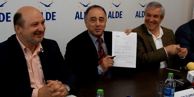 video:-dorin-florea-s-a-inscris-in-partidul-condus-de-calin-popescu-tariceanu!-discursul-noului-lider-al-alde-mures