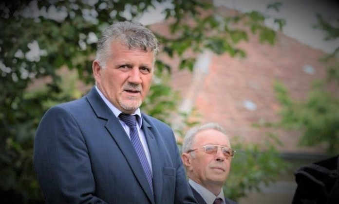 mures primarii liberali critica deficientele din bugetele locale iar conducerea organizatiei judetene sustine ca psdalde ii condamna pe mureseni la saracie