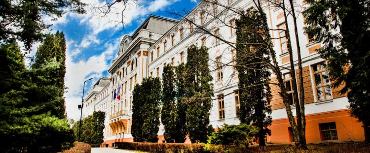 investitie cladirea principala a umfst targu mures va fi reabilitata printr o investitie nerambursabila de 63 milioane de euro