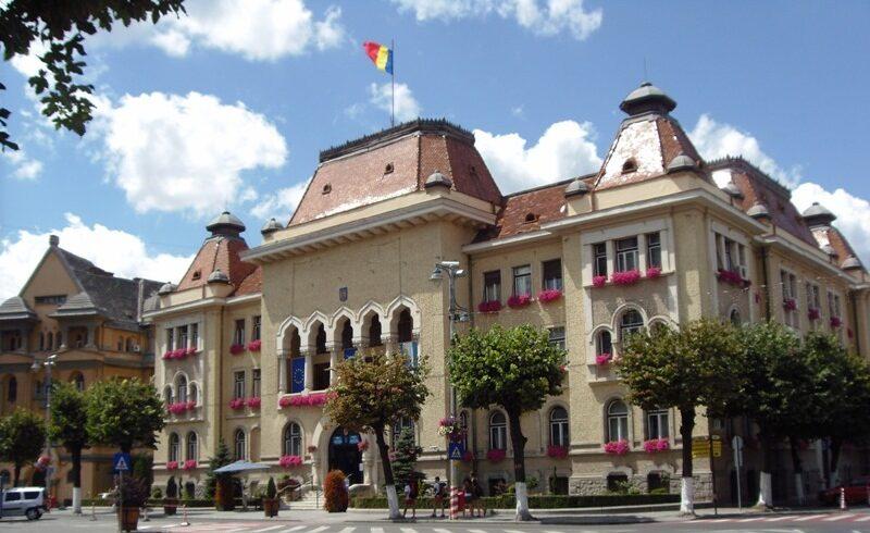 zeci-de-firme-si-asociatii-au-datorii-de-peste-50.000-de-lei-la-bugetul-municipiului-tirgu-mures