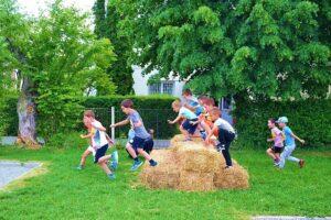 sibiu sute de copii la a doua editie a jocurilor outdoor invictus in parcul sub arini