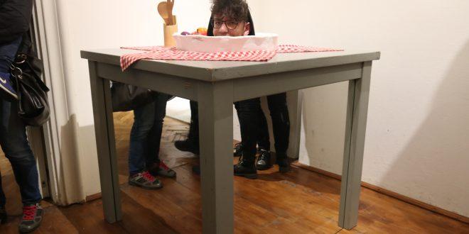 fotogalerie nu va faceti iluzii ci vizionati le gata expuse la muzeul iluziilor din targu mures