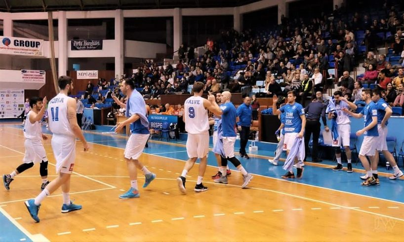 baschet-masculin-–-csm-targu-mures-s-a-impus-la-constanta,-in-debutul-turneului-play-off
