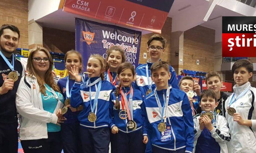 foto-–-micutii-sportivi-mureseni-de-la-cs-juvenes-au-obtinut-12-medalii-la-transylvania-open-grand-prix-2019!