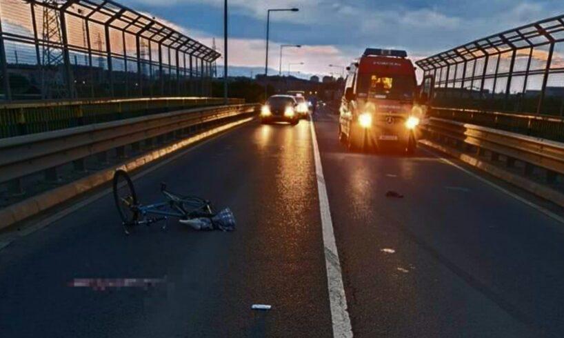 atentie!-politistii-fac-apel-pentru-identificarea-unui-bmw-verde-avariat!-soferul-acestuia-a-omorat-un-biciclist-si-a-fugit!