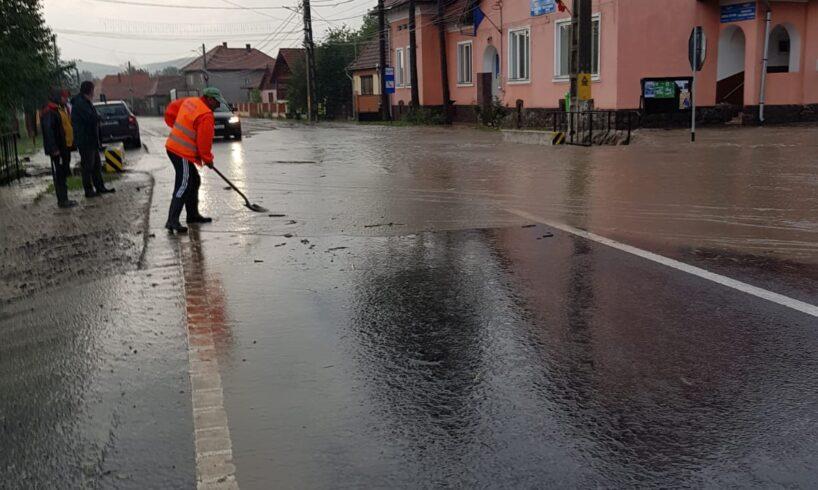 inundatiile-din-mures.-salvatorii-sunt-pe-teren