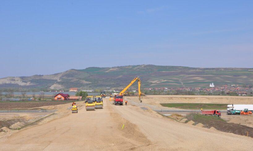 au-inceput-lucrarile-de-contructie-a-sectorului-de-autostrada-rasnov-–-cristian