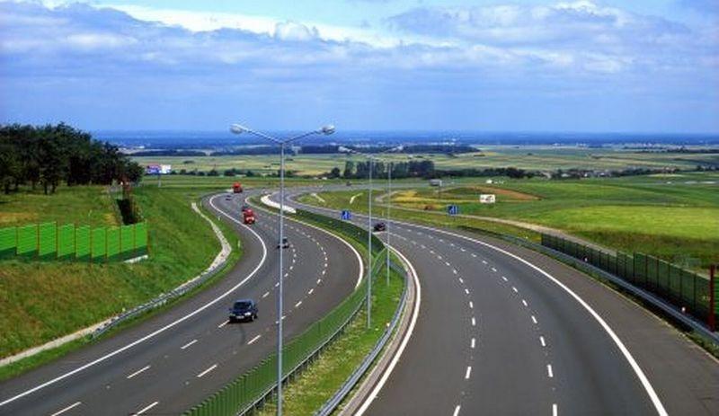 constructorii-autostrazii-ploiesti-brasov-ar-putea-primi-100-de-milioane-de-euro-daca-termina-lucrarea-mai-devreme