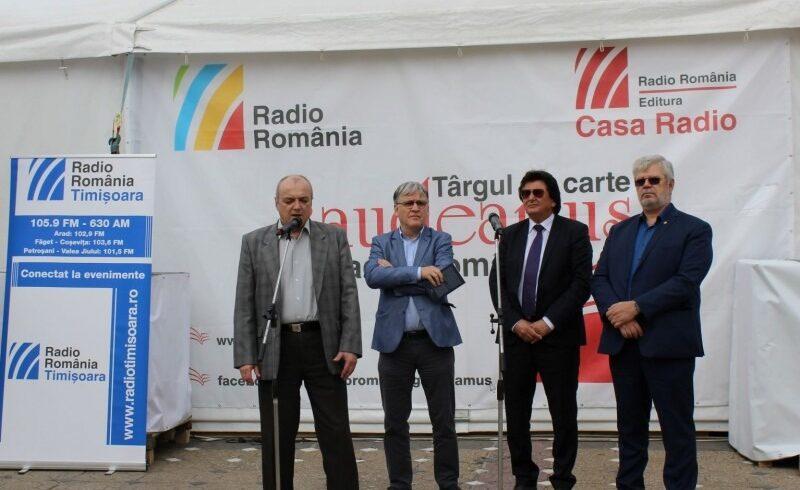 targul-gaudeamus-radio-romania-s-a-deschis-astazi-in-piata-victoriei-din-timisoara