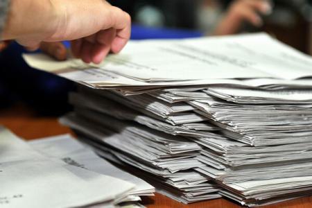 buletinele-de-vot-au-ajuns-astazi-la-primarii-din-harghita