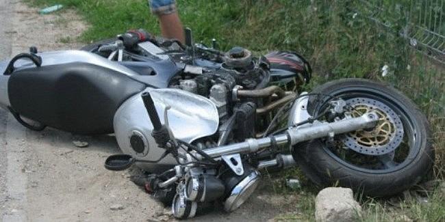 tanar-rasturnat-cu-motocicleta-spre-acatari