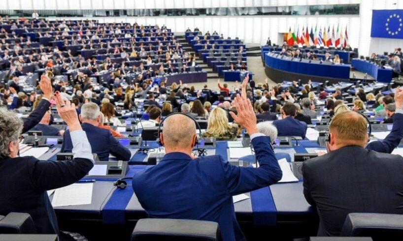 peste 400 de milioane de cetateni isi aleg reprezentantii in parlamentul european