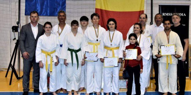 cinci sportivi cinci medalii la para karate pentru gs sakura