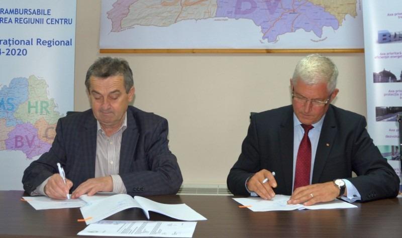 finantare europeana pentru reabilitarea termica a patru blocuri din iernut