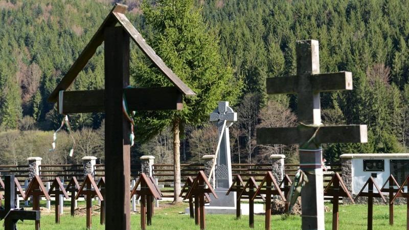 consiliul judetean covasna organizeaza o sedinta la valea uzului