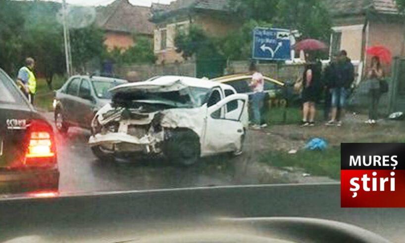 update coliziune puternica soldata cu victime si doua masini distruse una a ajuns in gardul unei case