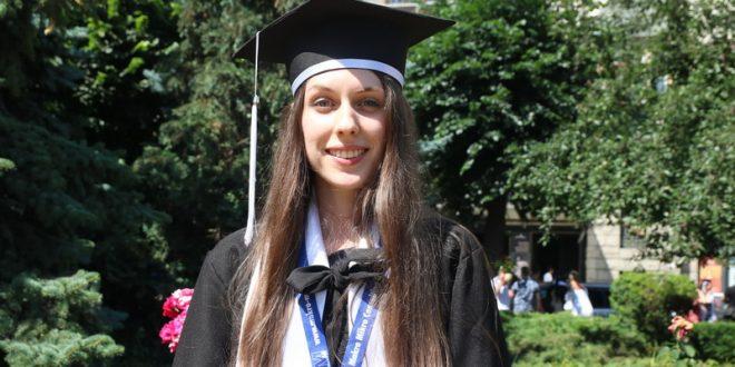 denisa maria moldovan sefa de promotie la scoala postliceala dimitrie cantemir consider ca pot sa ajut si imi doresc sa ajut