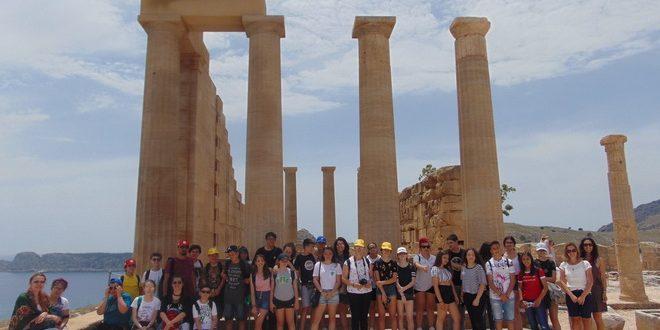 foto elevi ai gimnaziului friedrich schiller ambasadori ai romaniei in grecia