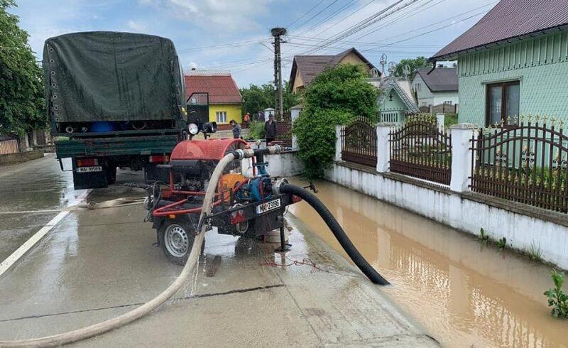 26 de persoane au fost evacuate din calea apelor de catre angajatii ministerului de interne