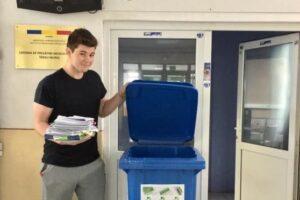 inedit studentii din targu mures recicleaza materialele de studiu din sesiune