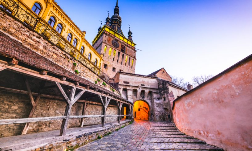 cotidianul spaniol el mundo sighisoara printre cele mai frumoase cetati medievale din europa