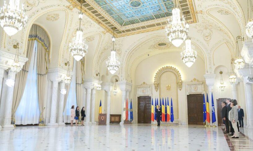noii-ministri-de-la-justitie,-fonduri-europene-si-pentru-romanii-de-pretutindeni-au-depus-juramantul