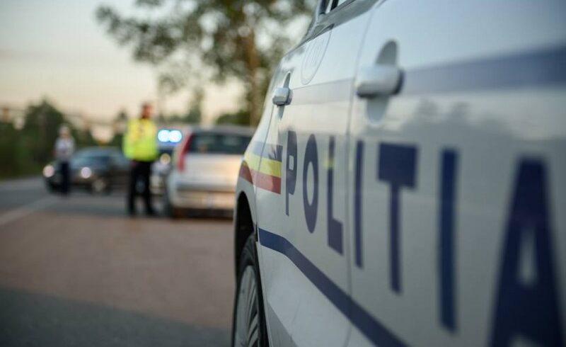 trei persoane au fost ranite in doua accidente rutiere produse astazi pe soselele din judetul brasov