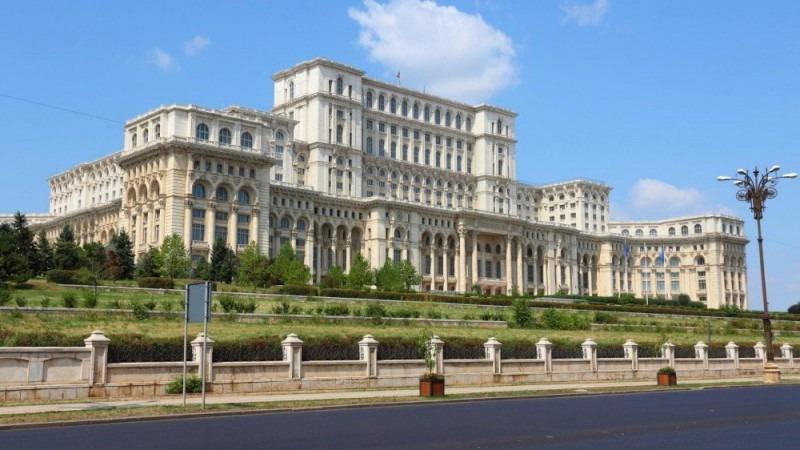 parlamentul romaniei va discuta saptamana viitoare situatia din republica moldova
