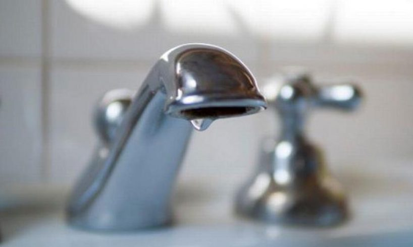 fara apa din cauza unei avarii update