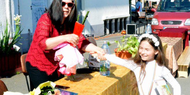 premiantii scolii de muzica si arte plastice din cadrul gimnaziului augustin maior