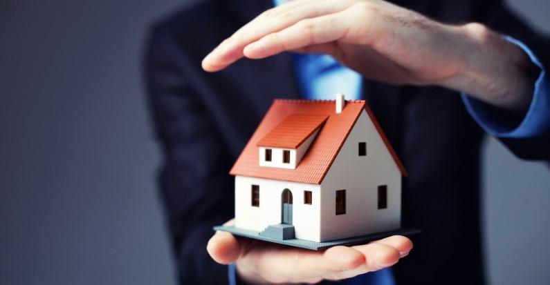 polita de asigurare obligatorie a locuintei ar putea include acoperirea pagubelor produse de furtuni