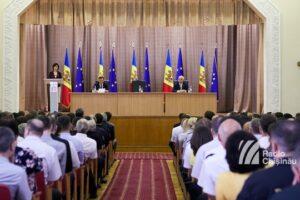 guvernul-de-la-chisinau-a-intrat-in-deplinatatea-atributiilor