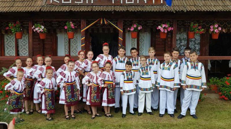 targul portului popular si al rusaliilor la rusii munti
