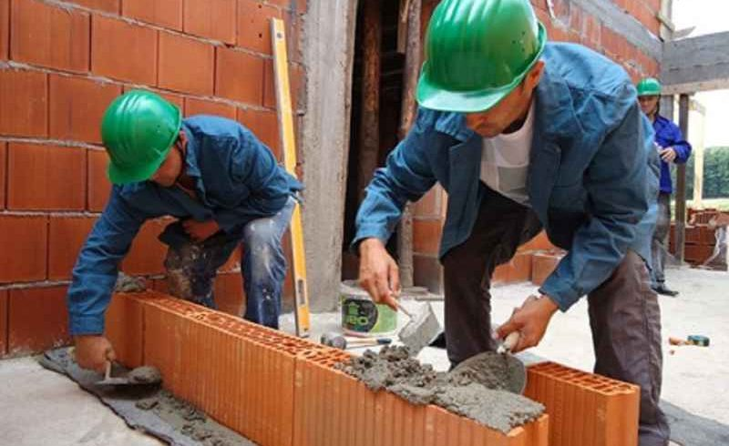 3 agenti economici sanctionati pentru munca nedeclarata