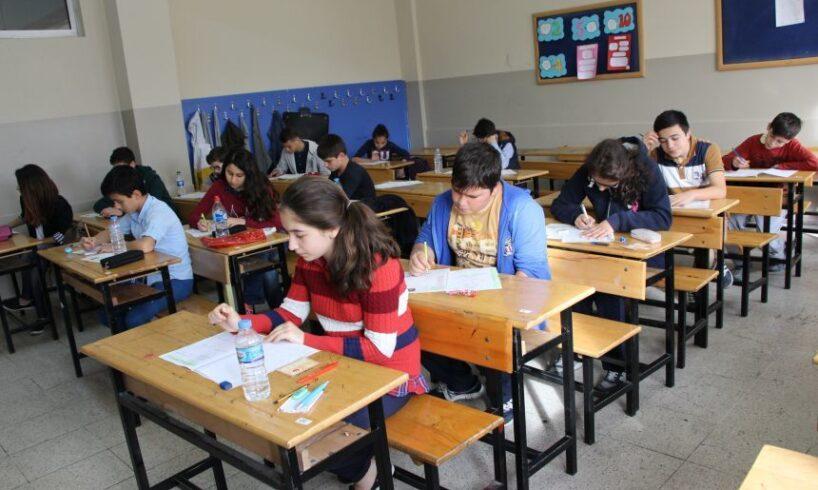 peste 300 de absenti la prima proba a evaluarii nationale in mures