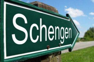 comisar-european:-foarte-curand,-romania-va-deveni-membra-a-spatiului-schengen