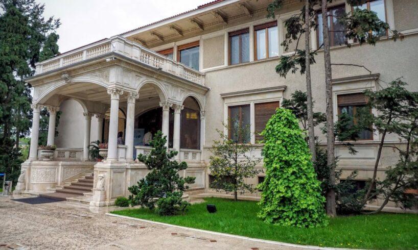 in-vizita-la-fosta-resedinta-a-familiei-nicolae-ceausescu