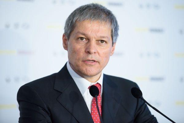dacian ciolos ales liderul grupului reinnoim europa din parlamentul european