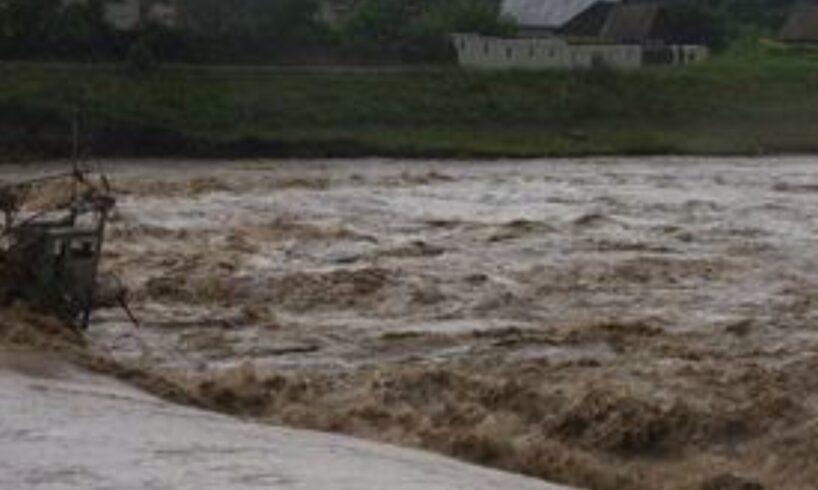 azi cod portocaliu de inundatii in mures