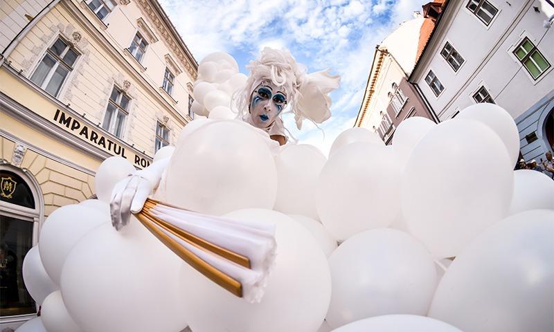 a opta zi a festivalului international de teatru la sibiu