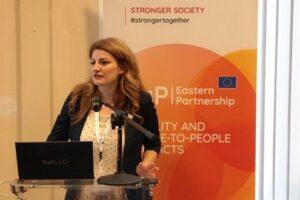 "interviu.-mihaela-natea-(umfst-targu-mures):-""cheia-in-dezvoltarea-cercetarii-si-inovarii-este-cooperarea"""