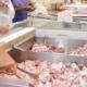 amenzi de peste 100 000 de lei ordonante de suspendare a activitatii si confiscarea a peste 93 tone de carne de pui