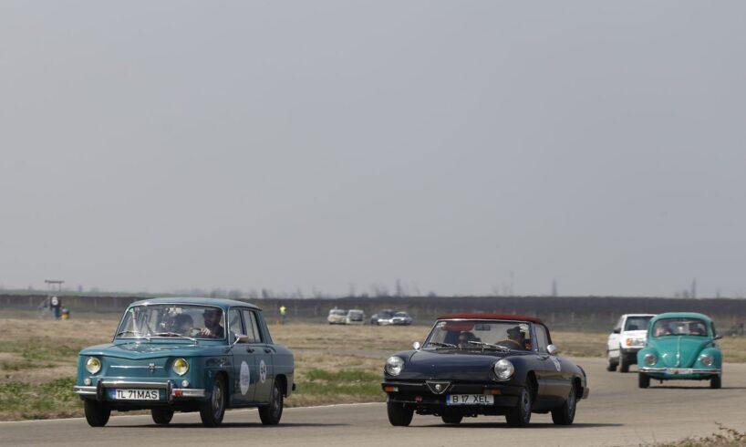 campionat-national-–-peste-60-de-automobile-istorice,-pentru-prima-data-pe-circuitul-transilvania-motor-ring