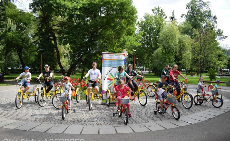 triciclete-pentru-copiii-cu-sindrom-down-din-miercurea-ciuc
