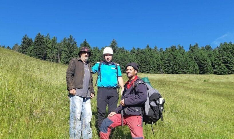 turist recuperat de jandarmii montani in munti in judetul vrancea