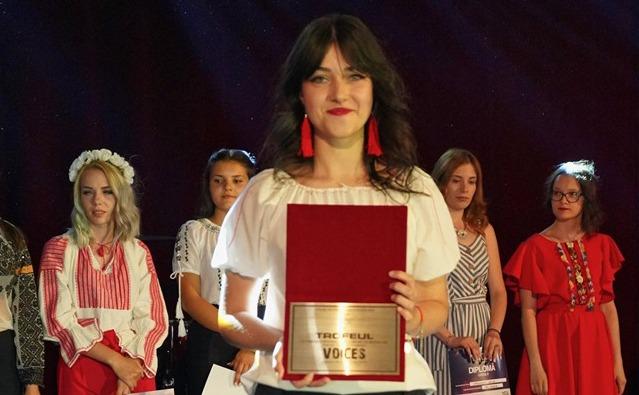diana andreea vascul a castigat trofeul festivalului international voices
