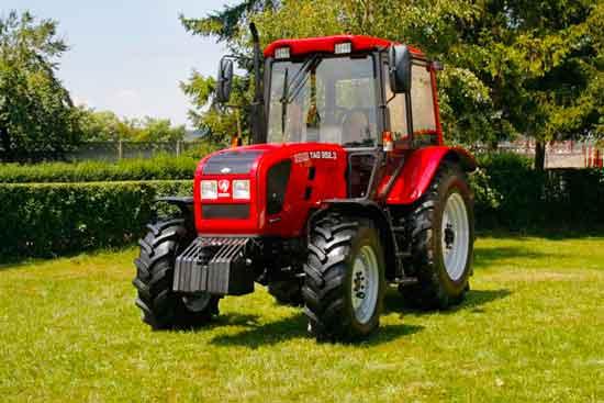 la reghin se construieste primul tractor 100 romanesc