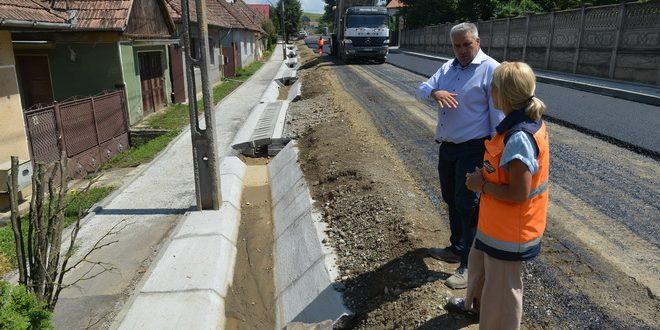 foto:-investitii-de-mare-amploare-in-sangeorgiu-de-mures.-cea-de-a-zecea-strada-se-modernizeaza-in-acest-an!