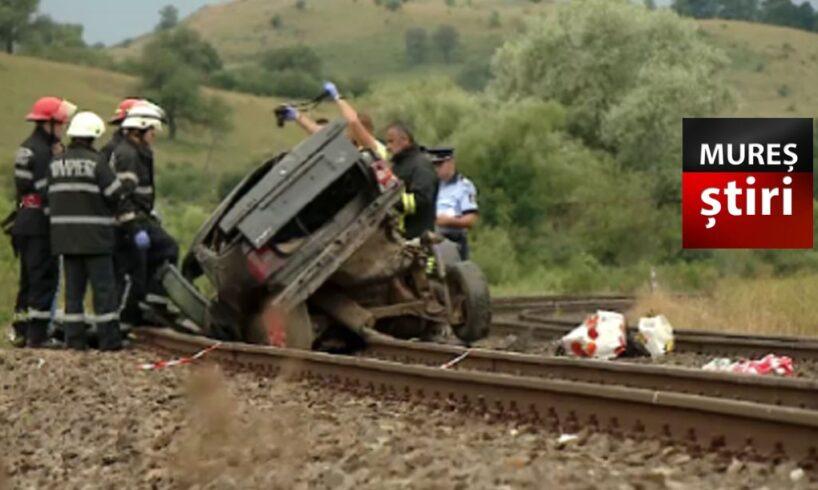 foto!-doua-masini-spulberate-de-tren!-au-murit-3-oameni!-rip.