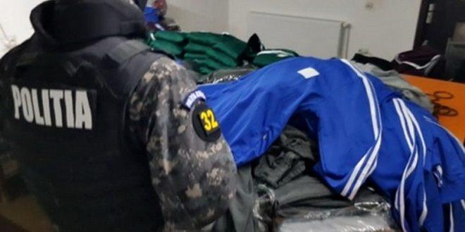 reghin:-dosar-penal-pentru-comercializare-de-haine-contrafacute